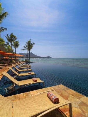 Sheraton Waikiki Infinity Pool with ocean view