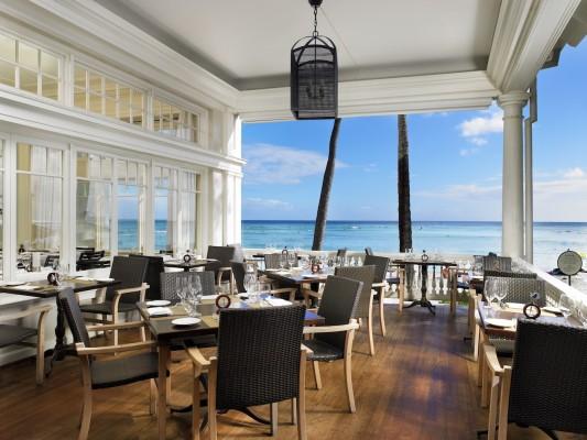 Moana Surfrider - Beachhouse Veranda with ocean view