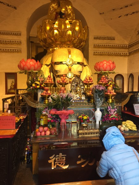 Mount Emei Buddhist temple