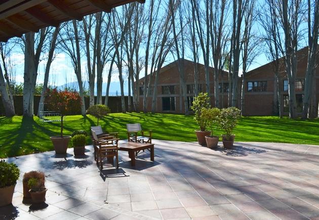 The Gardens of Terrazas de Los Andes, MenThe Gardens of Terrazas de Andes, Remembering Mendoza
