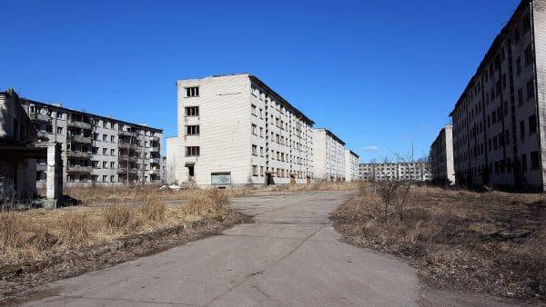 Skrunda-1 Apartment Buildings in Latvia - Iron Curtain Tourism