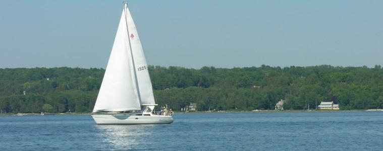 Sailing in Door County