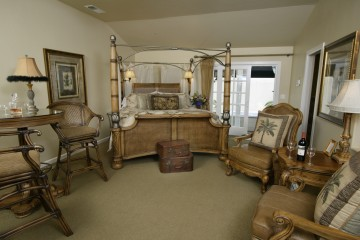 Vineyard Suite III