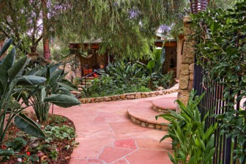 Frog house cottage at Emerald Iguana