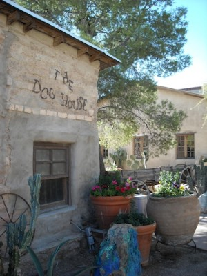 Dog House Saloon Tanque Verde Ranch
