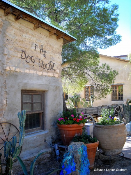 Dog House Saloon, Tanque Verde Guest Ranch, Tucson, AZ