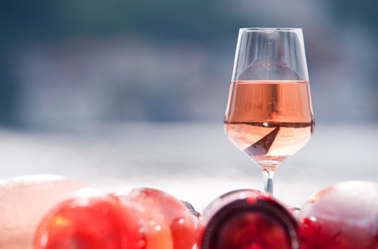 Summer wine: Mommy's Time Out Delicious Pink
