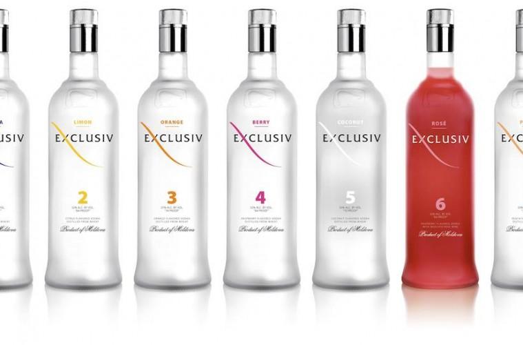 Exclusiv Vodka: raspberries, vodka and moscato rose wine