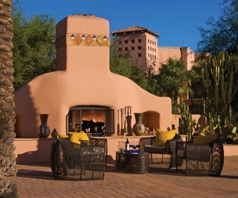 La Hacienda Plaza at Fairmont Scottsdale Princess. Photo courtesy Fairmont Hotels
