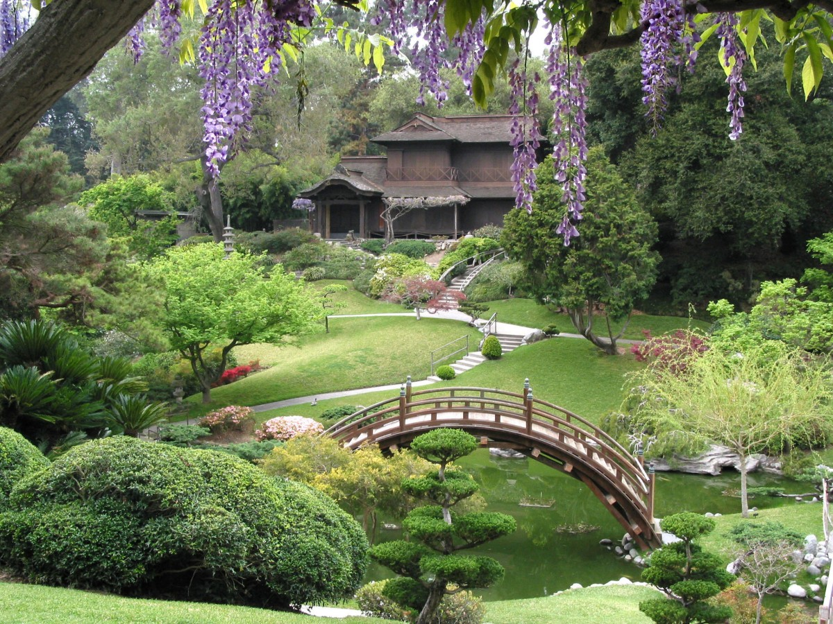9 of the Best Gardens in North America to See this Summer - Wander With Wonder
