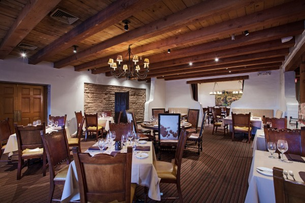 Hermosa Inn - LONs dining room