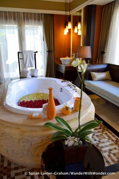 bath at AYANA Resort and Spa Bali