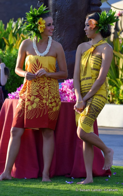 Young girls at Laua in Maui. Photo by Susan Lanier-Graham