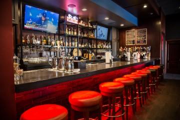 Hogs n Hops Bourbon Bar