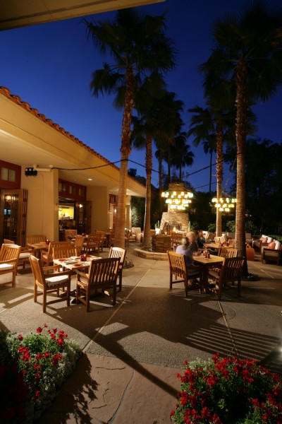 Dine under the stars at Taggia in Scottsdale. Photo courtesy FireSky Resort