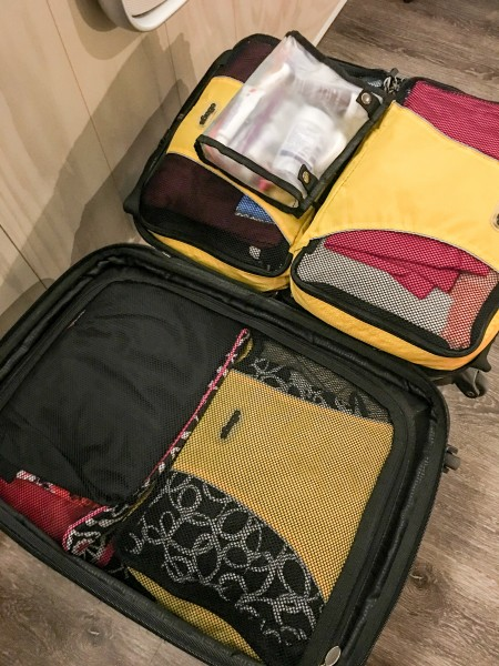 With a few great travel hacks you pack efficiently. My best advice is to use packing cubes.