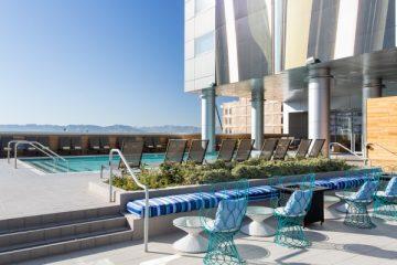 LUSTRE Rooftop Bar. Photo courtesy Kimpton Hotel Palomar Phoenix