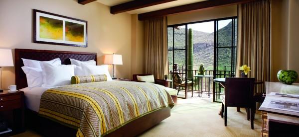 King Guestroom at Ritz-Carlton, Dove Mountain. Photo courtesy Ritz-Carlton, Dove Mountain