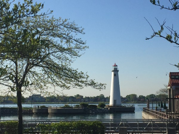 Detroit waterfront lighthouse