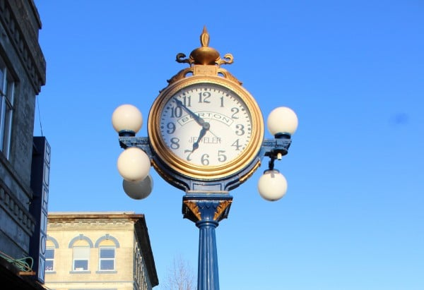 Burton Jewelers Clock