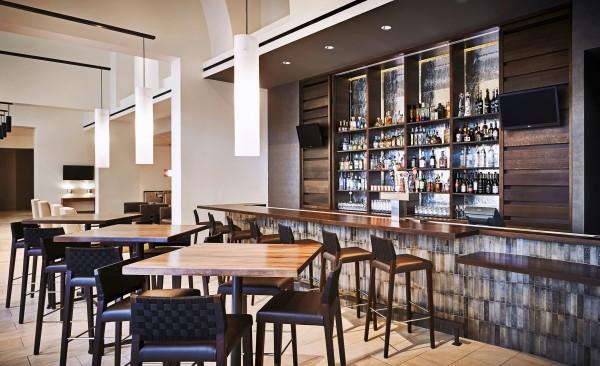 Enjoy a drink or dinner at Stonegrill. Photo by Rich Jones courtesy of JW Marriott Phoenix Desert Ridge Resort & Spa