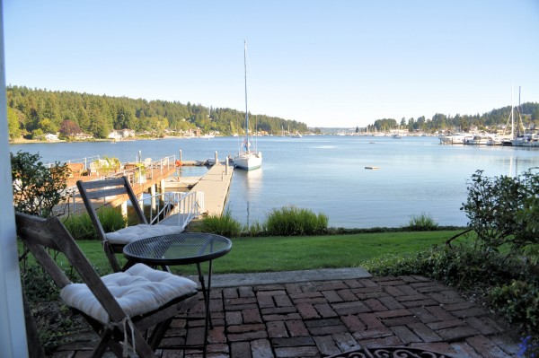 The Waterfront Inn has views of the Gig Harbor.