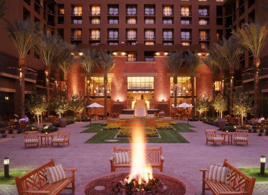 Dreamweavers firepit. Photo courtesy Westin Kierland Resort