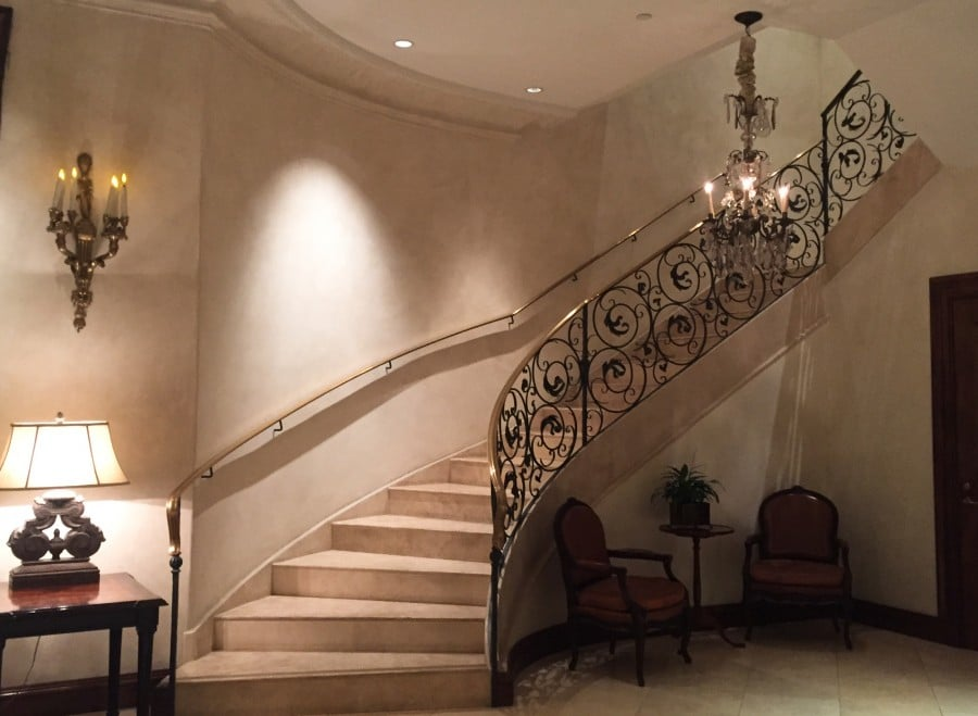 Hotel Les Mars stairway