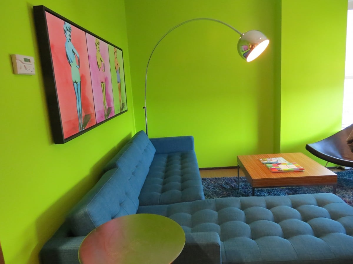 Why You'll Love the Moonrise Hotel in St. Louis