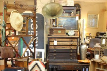 Sellwood District Antiques