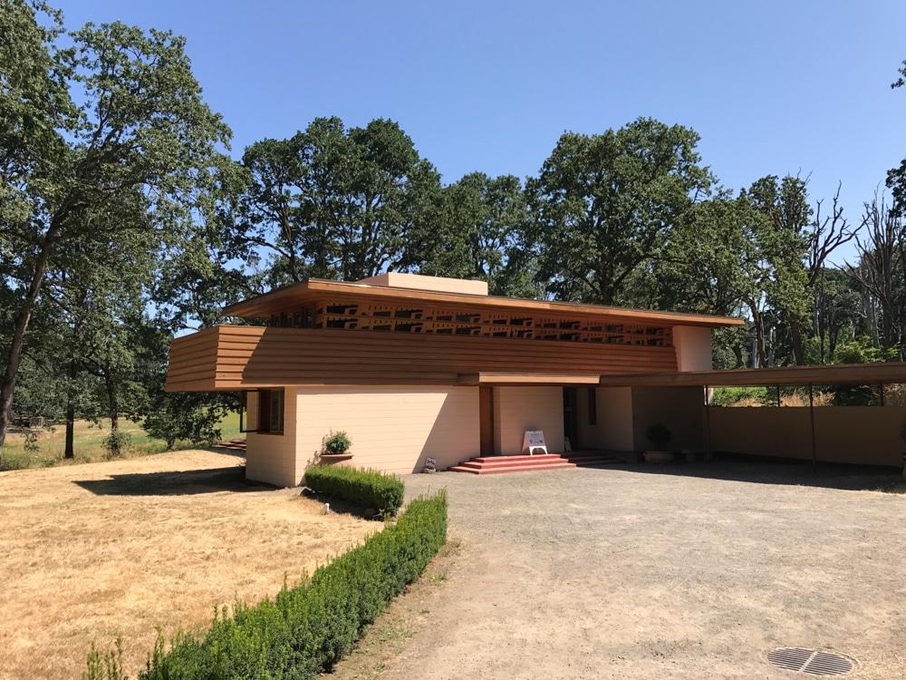 Oregon Garden Gordon House near Oregon Garden Resort