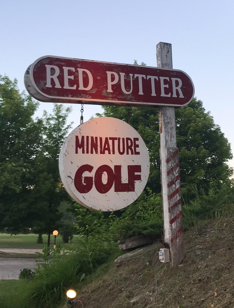 Red Putter Door County