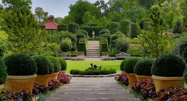 Dallas Arboretum. Photo courtesy Dallas CVB