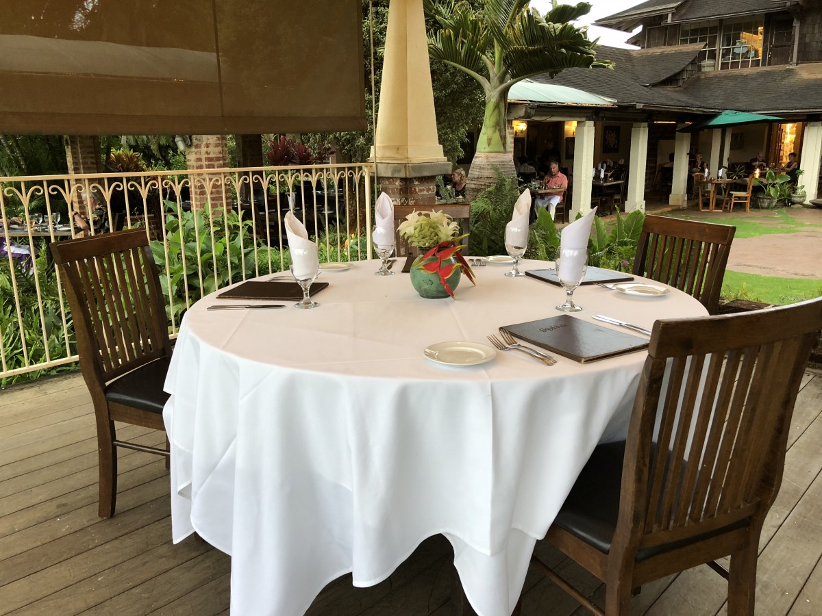 Dinners are magical during a girlfriend getaway. We enjoyed dinner at Gaylord's at Kilohana. Photo by Jill Schildhouse