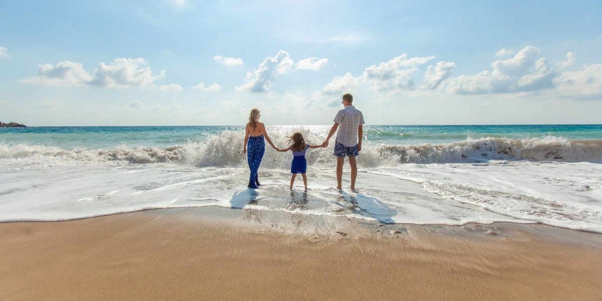 Enjoy a family beach vacation. Photo by Pexels from Pixabay