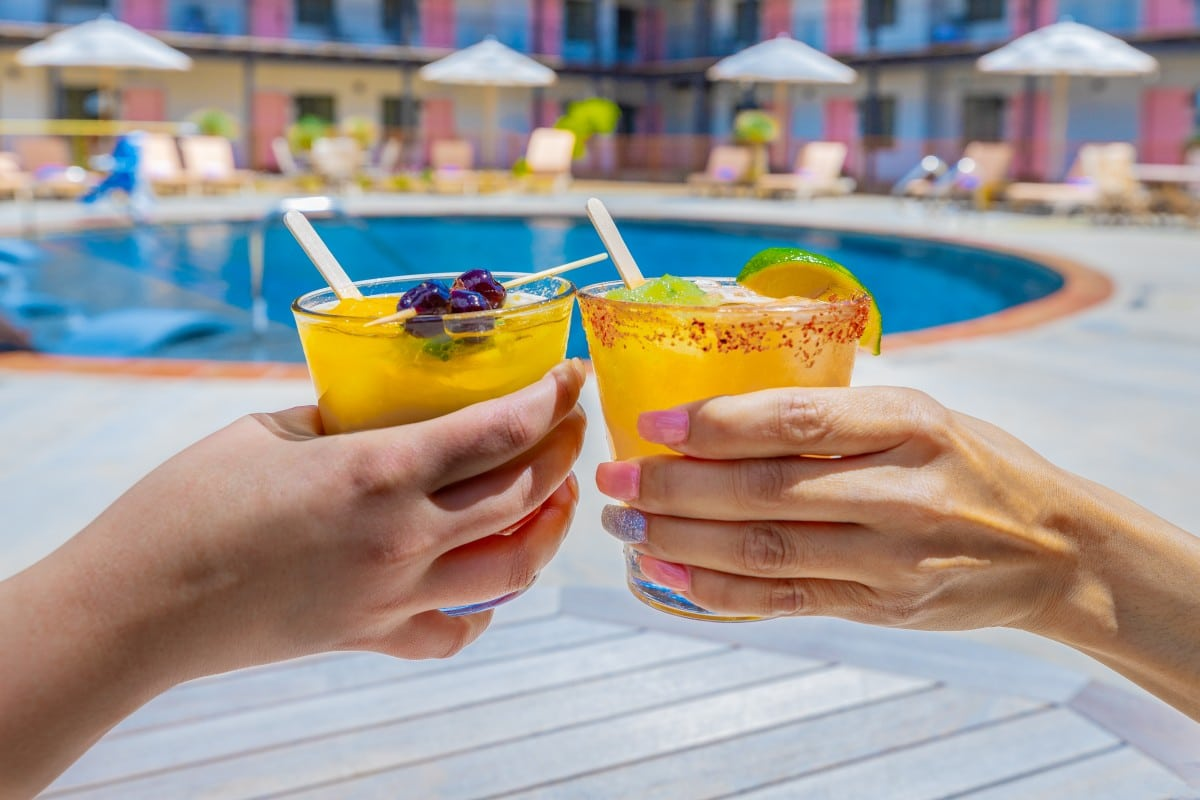 Valencia Hotel Group Cools Down Summer with Poptails