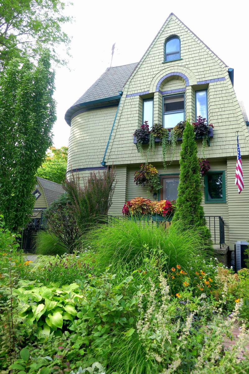 The Garden of Jim Charlier is part of Buffalo's Garden Walk. Photo by Susan Lanier-Graham