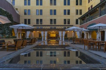 The outdoor courtyard at Hotel Valencia Santana Row.
