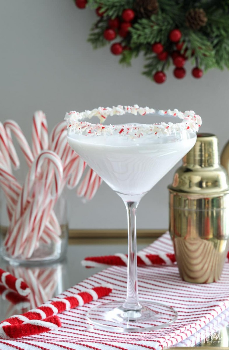 White Chocolate Peppermint Martini from Sonoma Syrup