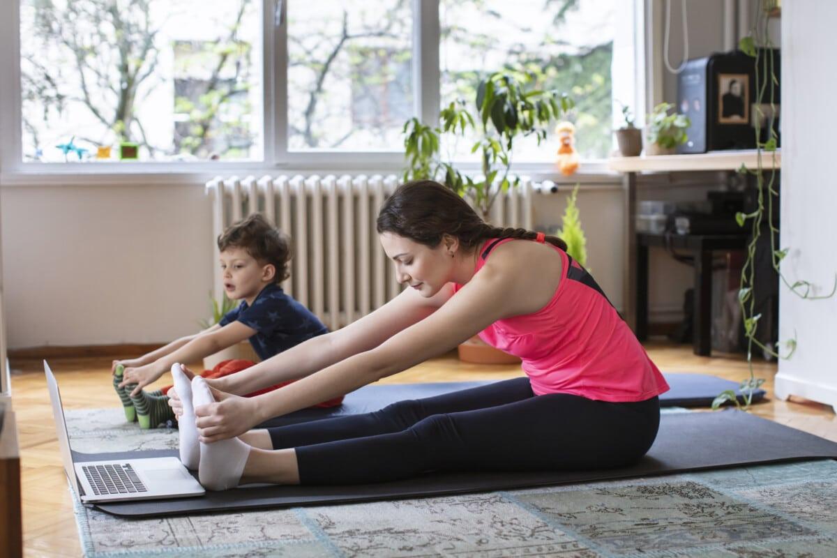 Basic Yoga Equipment for Beginners