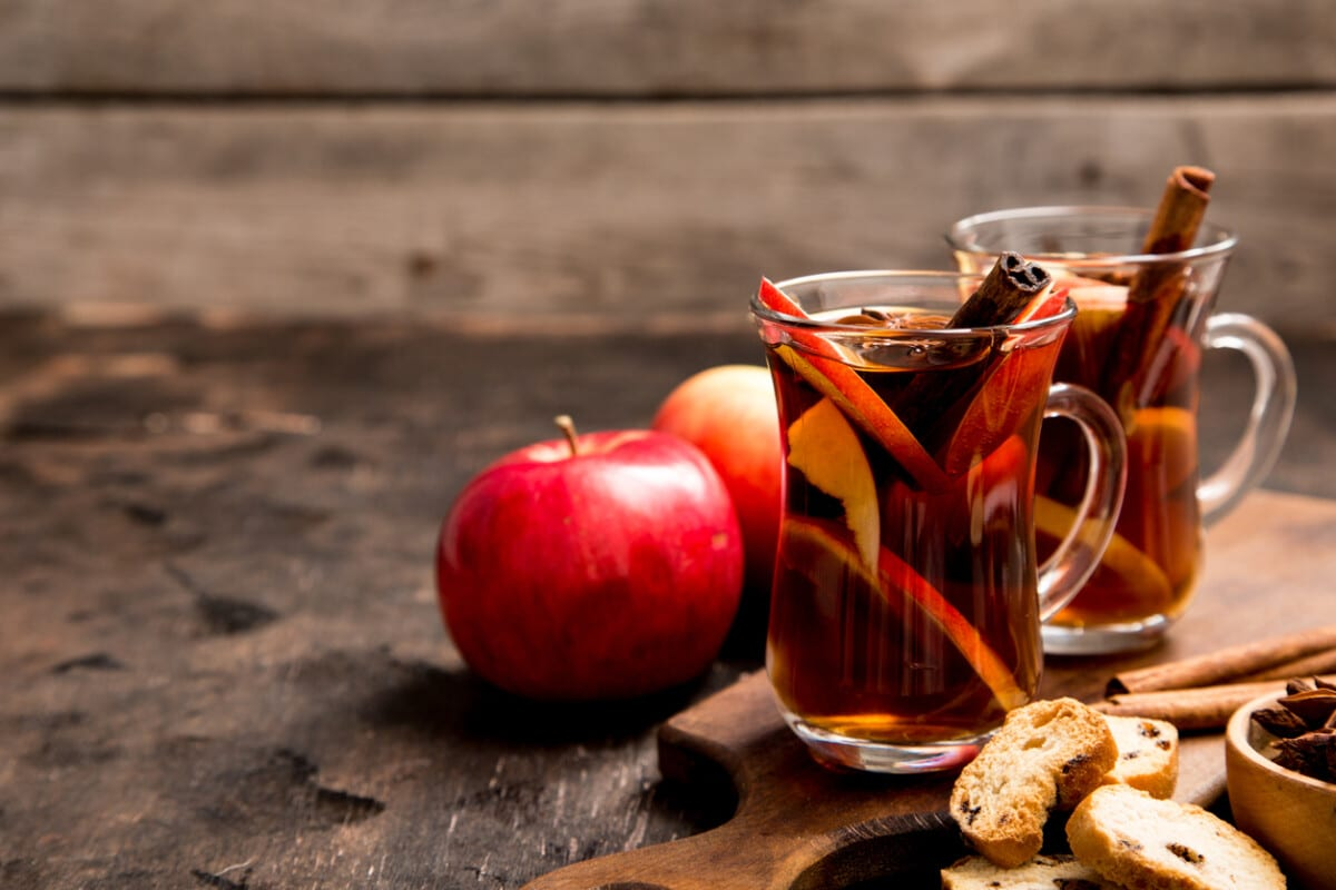 15 Best Fall Cocktails and Recipes for Fall Flavors